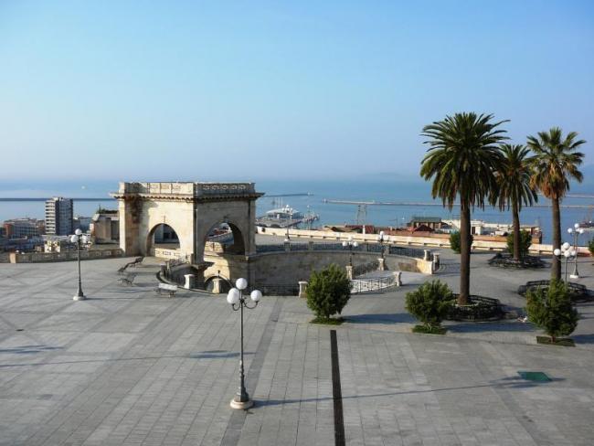 A Cagliari riapre la terrazza del bastione Saint Remy. Spunta il ...