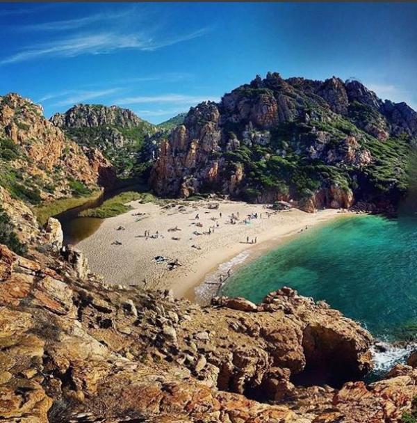 Foto del giorno la splendida spiaggia di li cossi for Villaggio li cuncheddi sardegna