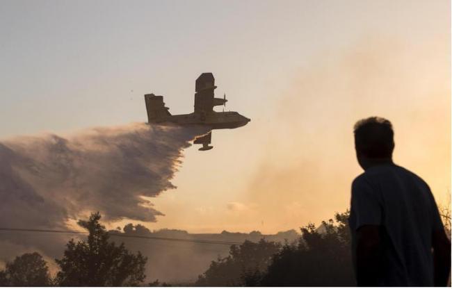 Elicottero Olbia : Incendio a olbia elicottero in azione