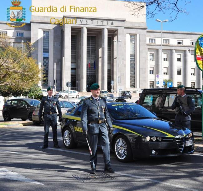la Guardia di Finanza di Cagliari sequestra beni per circa 1,8 milioni di euro