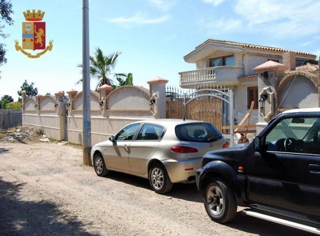 Confisca di immobile a noto pregiudicato di quartu sant elena una villa con piscina e - B b noto con piscina ...