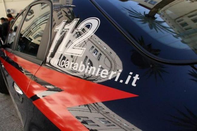 Cagliari, dipendente licenziato si presenta in ristorante con un grosso coltello